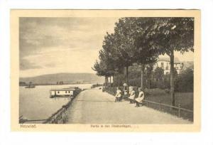 NEUWIED , Germany , 00-10s ; Partie in den Rheinanlagen