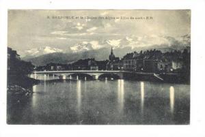 GRENOBLE et la Chaine des Alpes, Effet De Nuit, Grenoble (Isère), France, 19...