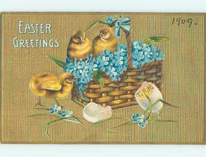 Pre-Linen easter CHICKS WITH FORGET-ME-NOT FLOWERS IN WICKER BASKET HL0774