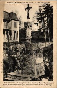 CPA  Les Sauvages (Rhone) alt 725 m -Croix de Talebard  (450819)