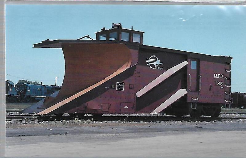 MISSOURI PACIFIC RAILROAD CABOOSE #186,  DOLTON ILL.