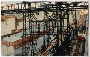 Chamber Cranes, Pedro Miguel Locks