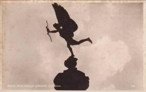RP; Eros, Piccadilly Circus, London, England, United Kingdom, 10-20s