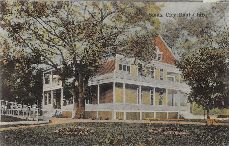 Sioux City Iowa~Boat Club~People on Porch & Steps~Lake in Bkgd~1910 Postcard