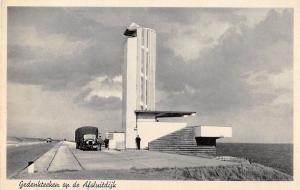 BR57186 Gedenkteeken op de truck Alsluitdijk friesland   Netherlands