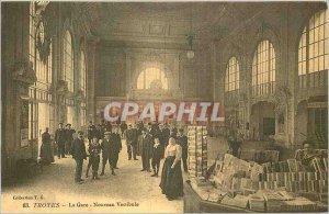 COPY Troyes Train New Lobby