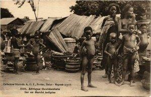 CPA AK Fortier 500 Sur un Marche indigene SENEGAL (812217)