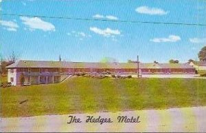 IN Greencastle Hedges Motel