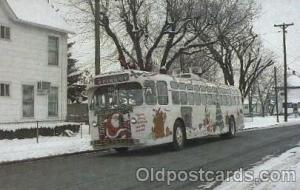 Trolly bus roams the city through the holiday season Bus, Buses Postcard Post...