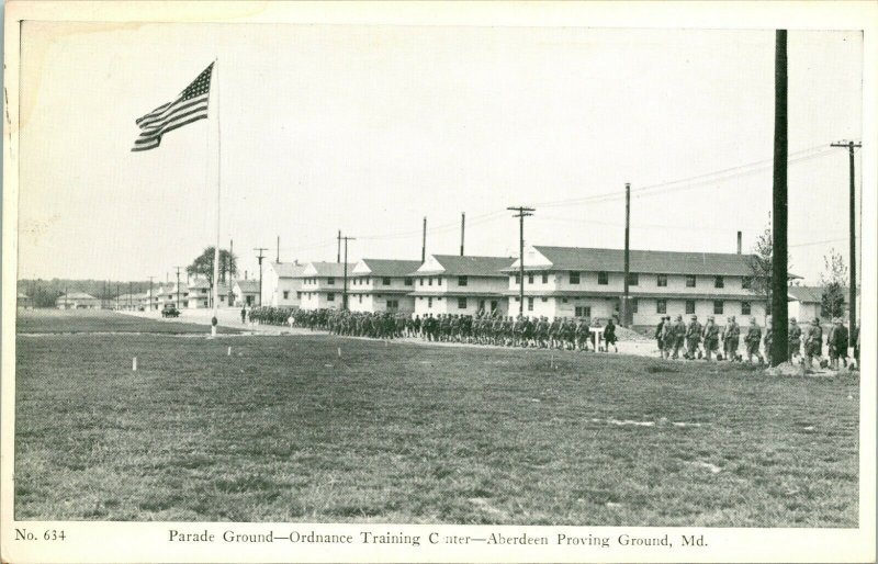 1940s Carte Postale WWII Avec R Thompson & Compagnie Aberdeen Proving Parade Sol