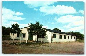 Postcard WI Wisconsin Dells Scotch Pine Roller Rink c1950s R52