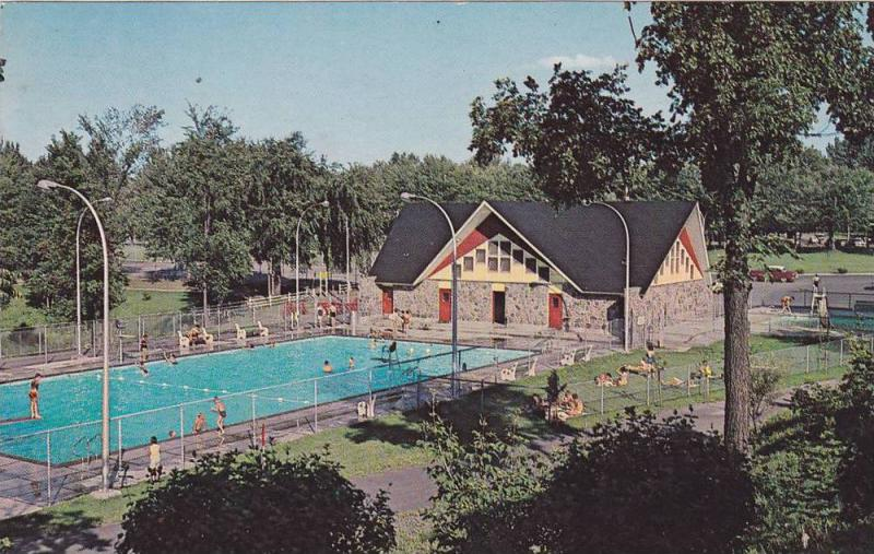 Piscine St Frederic , Parc Woodyatt , Drummondville , Quebec , Canada , PU-1960s