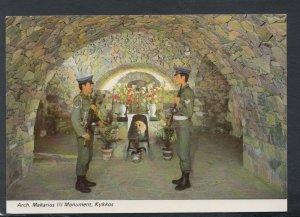 Cyprus Postcard - Arch.Makaris III Monument, Kykkos   RR6963