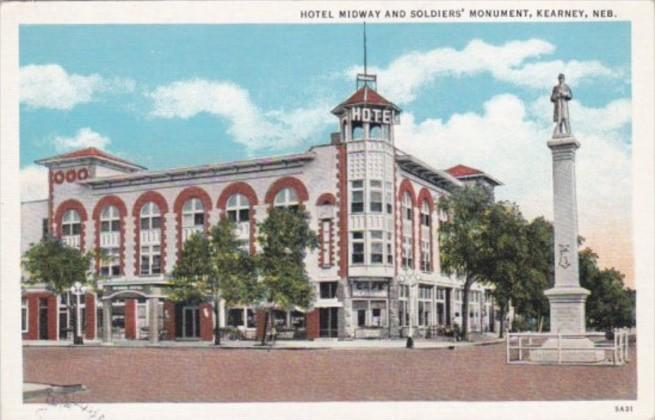 Nebraska Kearney Hotel Midway and Soldiers Monument Curteich