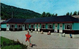 Postcard QC Perce Motel Star on Highway 6 Photo & Publ. W. Schermer 1970s K10