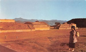 Ruinas Arqueologicas de Monte Alban Oaxaca Mexico Tarjeta Postal Unused