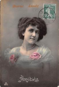 Bonne Annee New Year! Amities Friendship Lady Woman Necklace Roses 1911