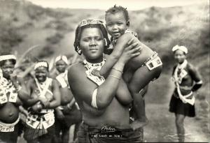 south africa, Native Girl carying Baby (1950s) Artco RPPC