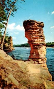 Wisconsin Dells Chimney Rock