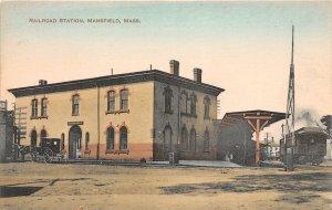 G43/ Mansfield Massachusetts Postcard c1910 Railroad Depot Station
