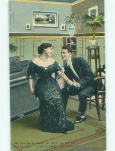Divided-Back ROMANTIC COUPLE Great Postcard AA7569
