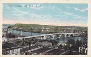 LITTLE ROCK, Arkansas, 10-20s; Broadway Bridge