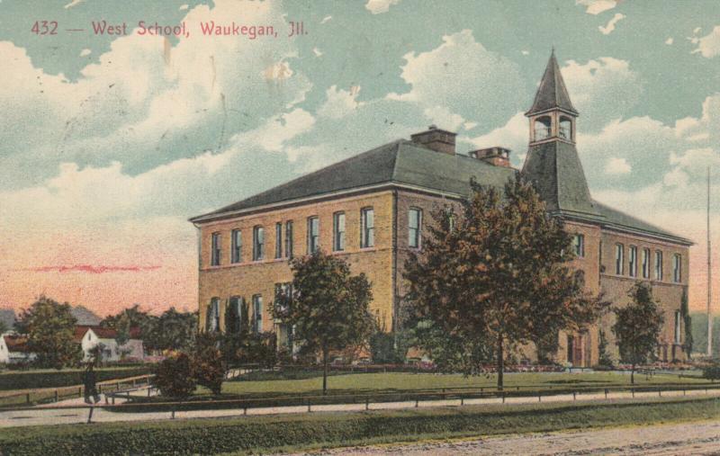 WAUKEGAN , Illinois , PU-1909 ;  West School