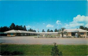 Daphne Alabama~Malbis Hotel Courts on Route 90~1940s Postcard