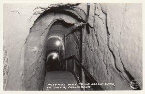 RP: LA JOLLA , California, 30-40s ; La Jolla Cave Passage Way ; Frashers