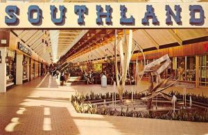 Memphis Tennessee Southland Mall Interior Vintage Postcard K85682