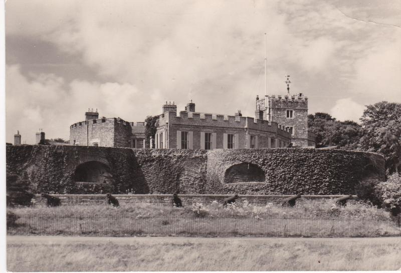 Post Card Kent Walmer Castle Vew from the North-east