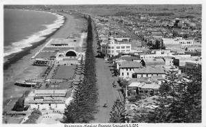 Napier New Zealand panoramic birds eye view Marine Parade real photo pc Z15996