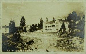 C.1900-10  RPPC, Shasta Inn, Weed, Ca. Vintage Postcard F75