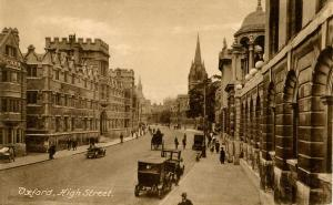 UK - England, Oxford. High Street