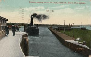 SAULT STE. MARIE , Ontario, 1913 ; Ship Leaves Lock