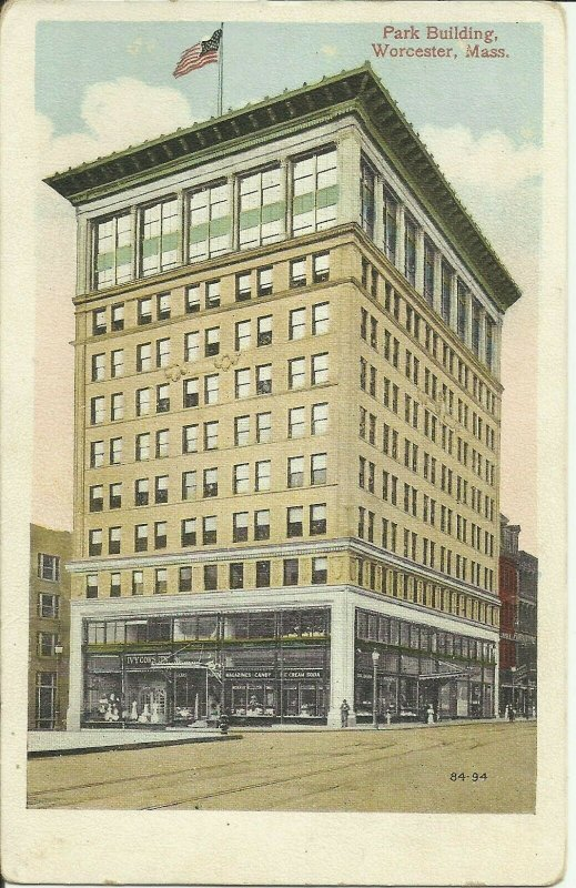 Worcester, Mass., Park Building
