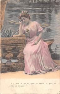 Lady lake worry Non, il me dit qu'il se marie et qu'il est oblige de rompre!