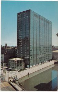 Marina Plaza, Milwaukee Downtown, 1962 Postcard
