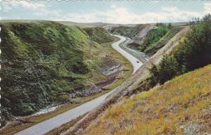 Twin Hill Road On No. 9 Highway, Entering Dinosaur Valley From The South, Alb...
