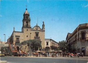 Mexico Jalisco Guadalajara Templo de San Juan de Dios y las Calandrias Horses