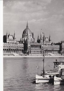 RP: Budapest , Hungary , 40-50s ; Parlament Buildings