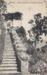 RAVELLO, Campania, Italy; Una scalinata nel Giardino Rufolo, 00-10s