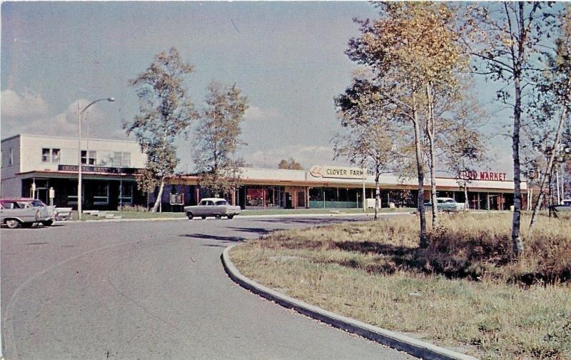 Terrace Bay Ontario~The Shopping Plaza~LL Clover Farm~Food Market~1950s Cars