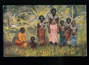 213746 FIJI Semi-nudes Fijian family Vintage TUCK postcard