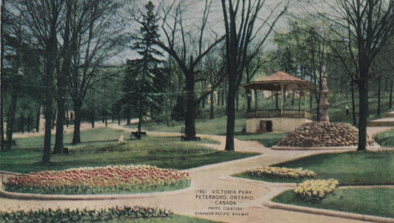 PETERBORO , Ontario , 1900-10s ; Victoria Park