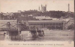 Pont Du Palais De Justice Et Coteau De Fourviere, Lyon (Rhone), France, 00-10s