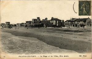 CPA Palavas-Les-Flots-Le Plage et les Villas Rive droite (255547)