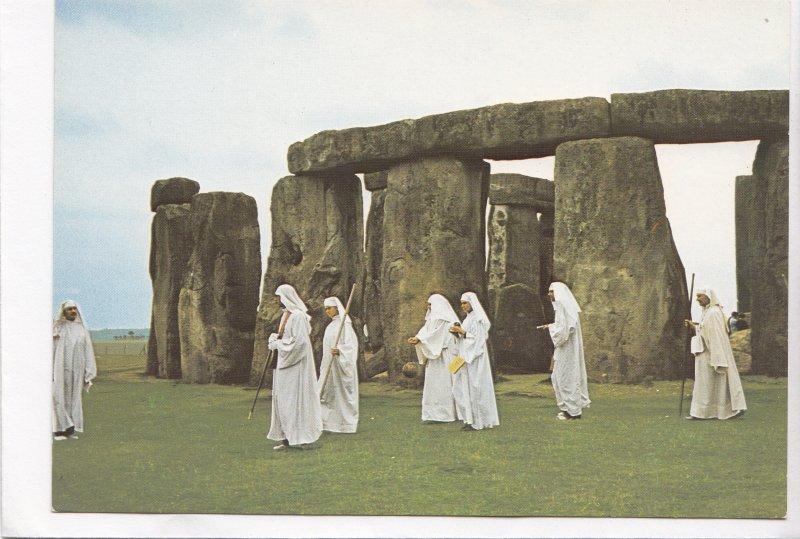 Druids at Stonehenge, Wiltshire, UK, unused Postcard