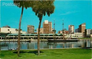 FL, Tampa, Florida, Skyline, Hillsboro River, Convention Center, Curteichc