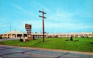 Illinois Paris The Pinnell Motel